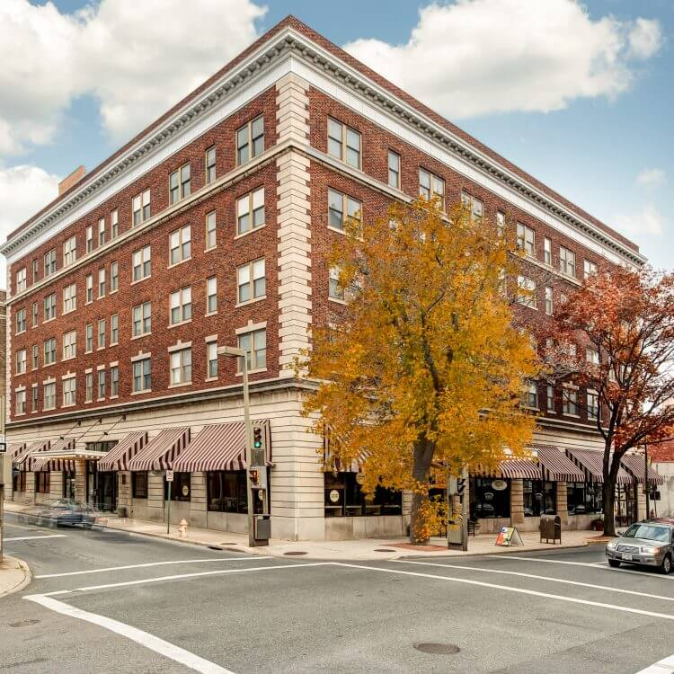 Greenwood Point Apartments: Find An Apartment In Maryland, VA Or DC