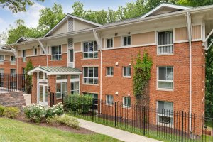 Tanglewood Apartments exterior