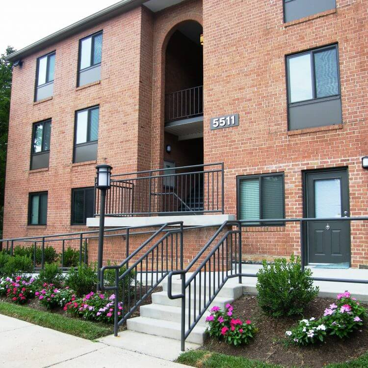 Halpine Hamlet - Rockville Apartments