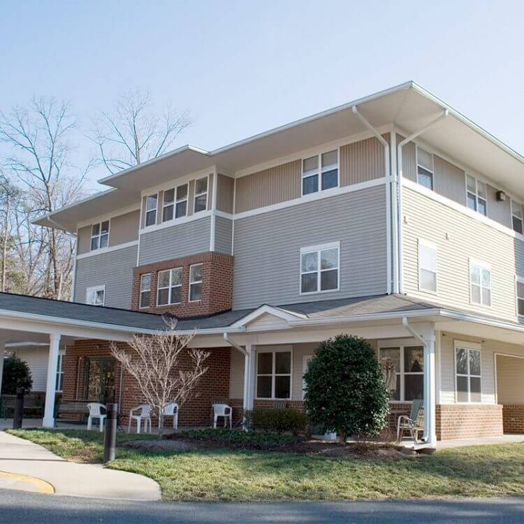 Affordable Senior Apartments - Potomac Woods Woodbridge Nothern Virginia