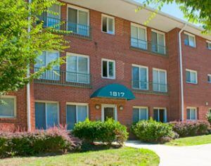 Douglass Knoll Apartments Congress Heights Suitland Parkway SE DC