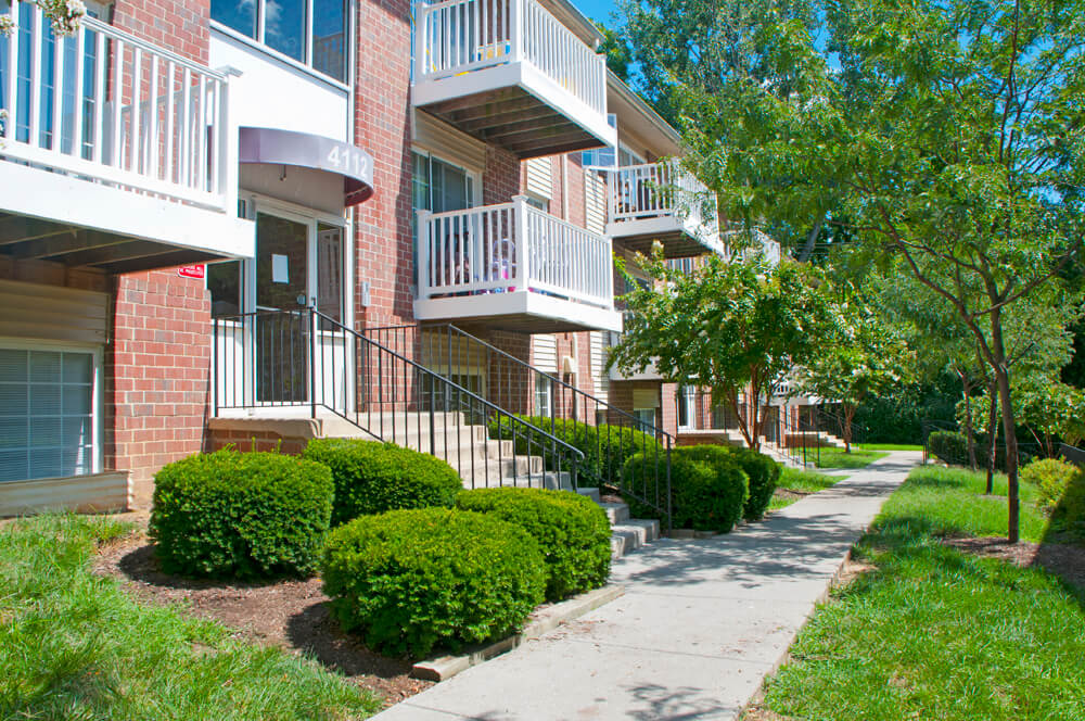 Affordable Apartments in Irvington Baltimore | Irvington Woods
