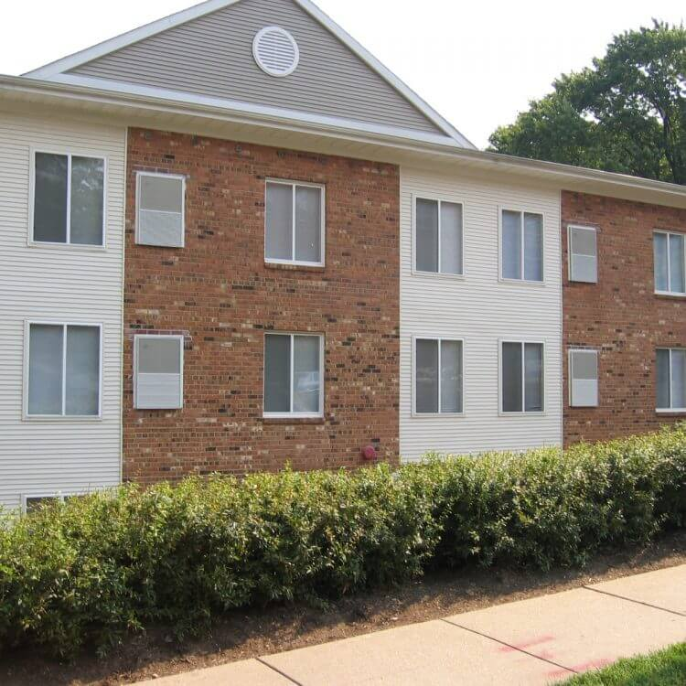 Two And Three Bedroom Apartments SE Washington DC