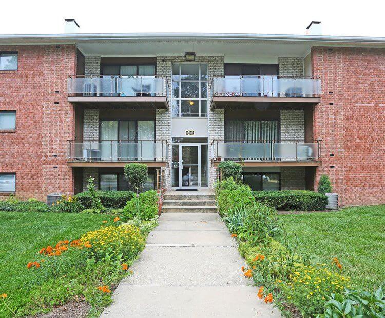 Chestnut Apartments Exterior